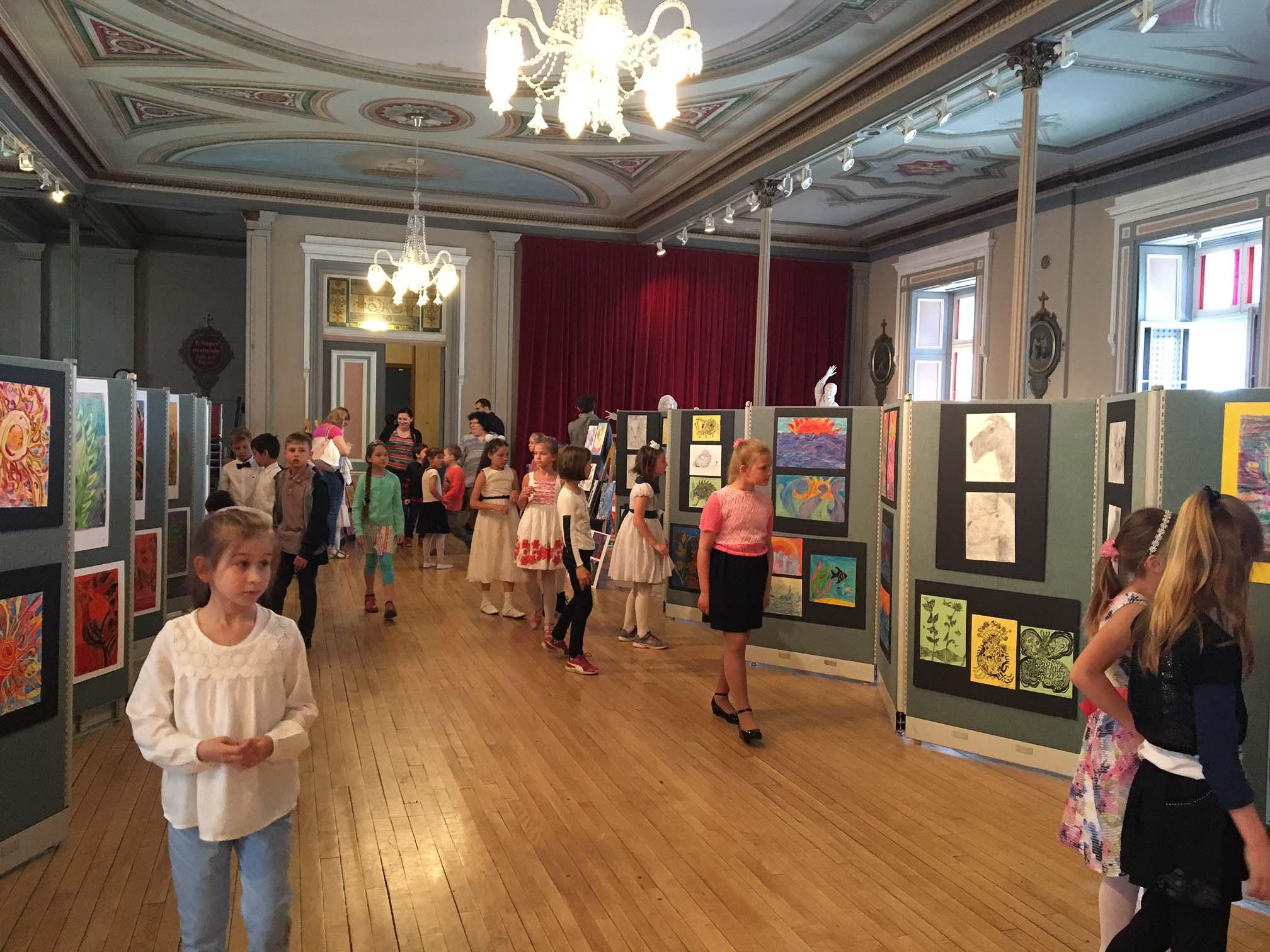 Выставка работ художественной студии 2017